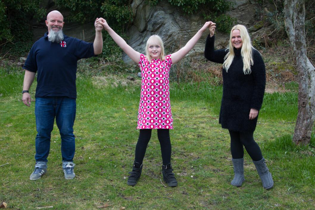 VALGTE ÅPENHET: Nina og Bjørn Erik bestemte seg tidlig for å være åpne om datteren Milles diagnose og utfordringer. Foto: SVEND AAGE MADSEN/SE OG HØR
