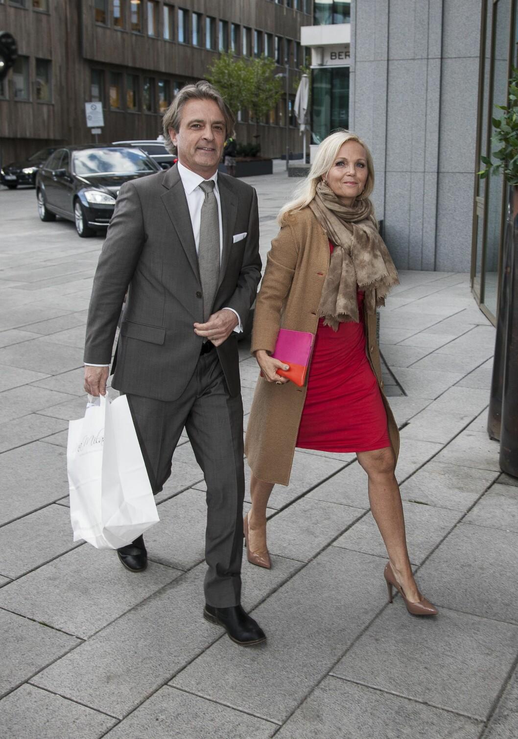 FLOTTE: Guri Schanke og Dag Hvaring hadde møtt opp for å støtte Gunhild. Foto: Erlend Haugen / Se og Hør