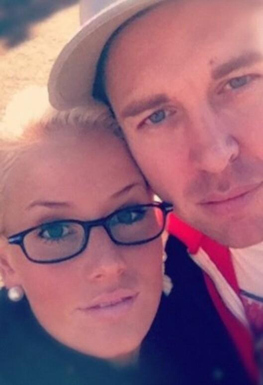 FORELSKET: Thea nyter nå livet på Lillestrøm med kjæresten Kenneth Andre Andersen. Foto: Privat