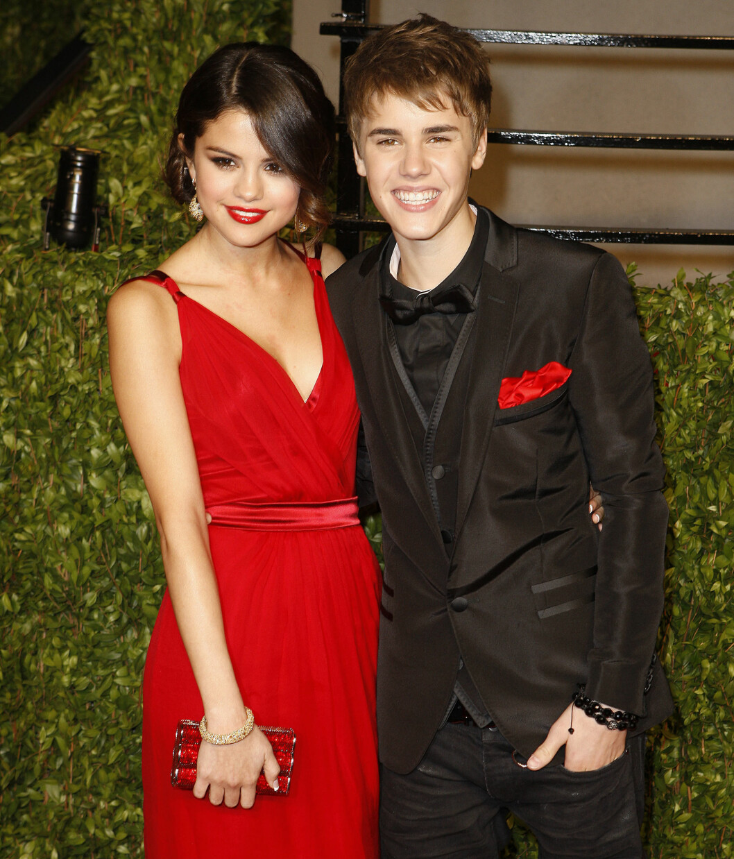 OPP- OG NEDTURER: Millioner av fans har fulgt med på av-og-på forholdet til Selena Gomez og Justin Bieber.  Foto: REX/Broadimage/All Over Press
