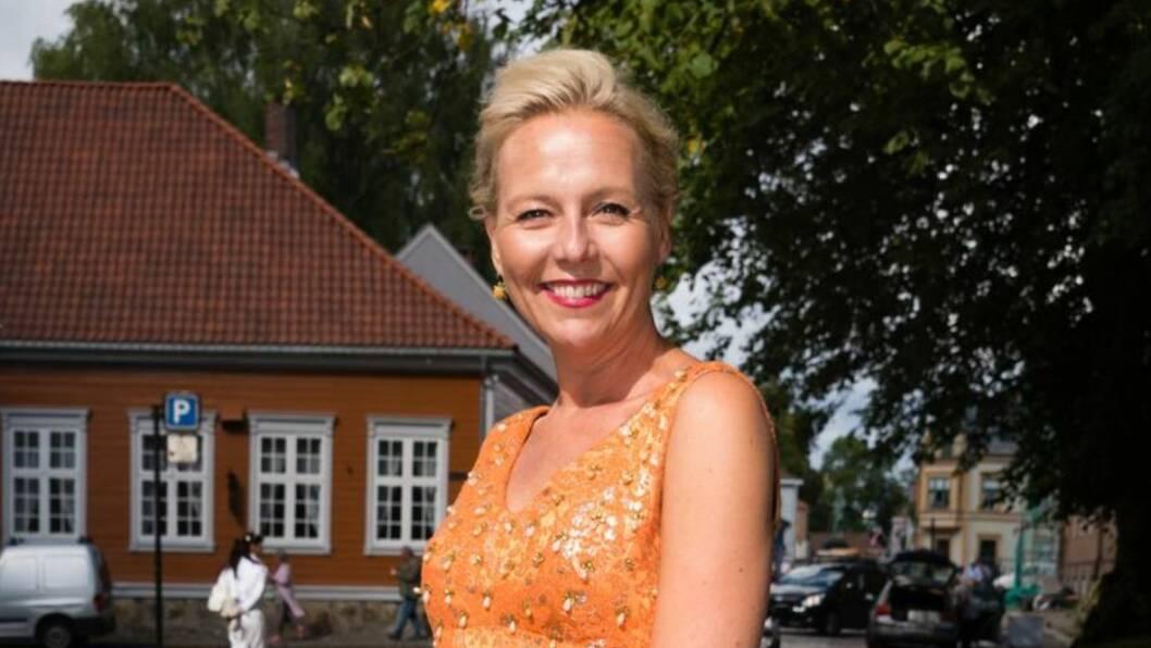 KJÆRLIGHETEN BLOMSTRER: Linn Skåber har forelsket seg i musikeren Simon Malm.