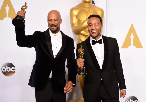 JUBLET: Common og John Legend vant Oscar for beste sang med «Glory» fra filmen «Selma».  Foto: REX/All Over Press