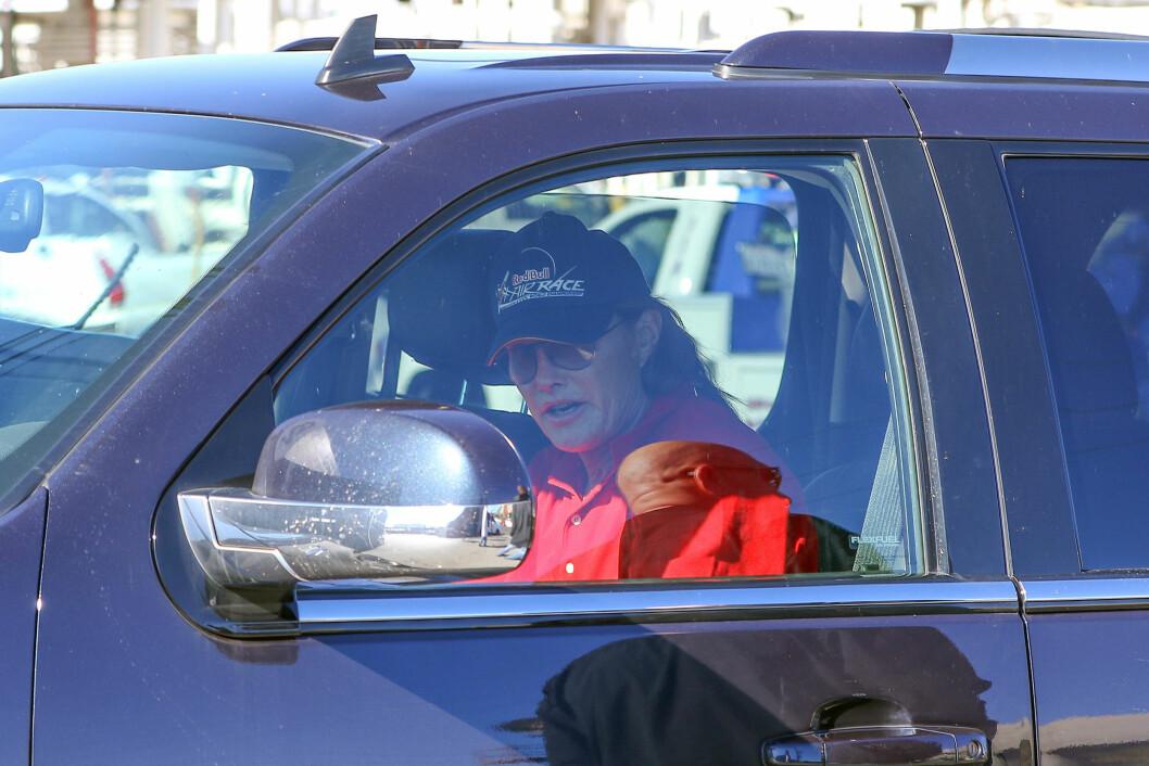 SENDTE TEKSTMELDING?: Det er hevdet at Jenner sendte tekstmelding i ulykkesøyeblikket. Foto: Stella Pictures