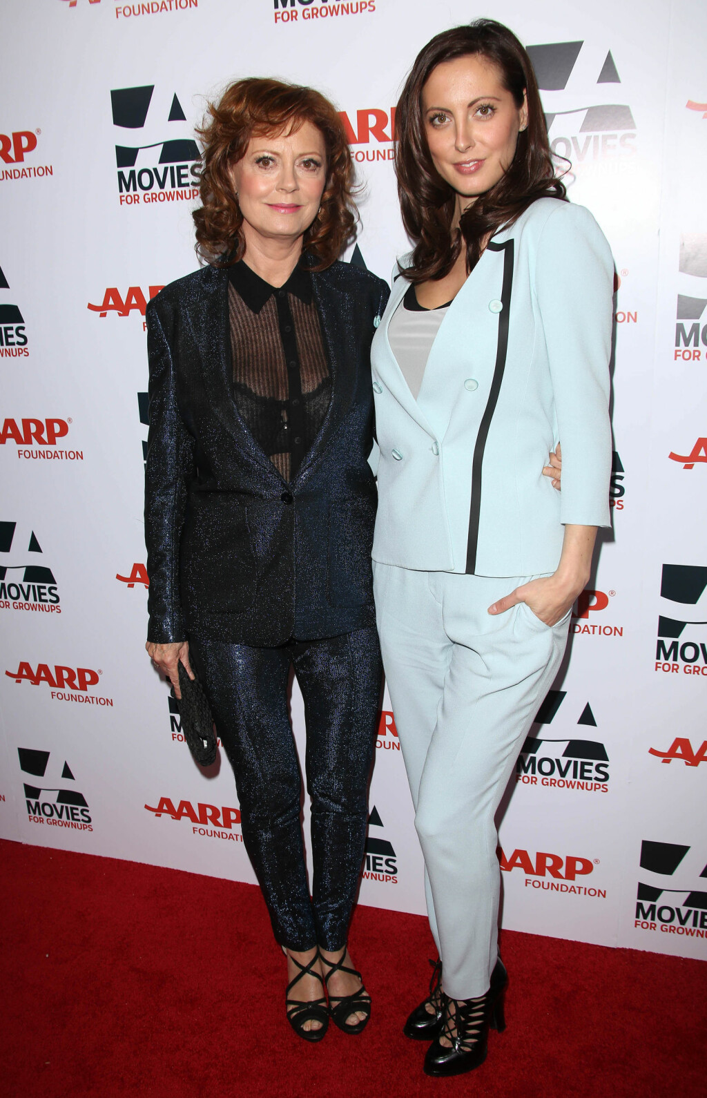 PRIKK LIKE: Susan Sarandon og datteren Eva Amurri på en prisutdeling i Los Angeles i fjor vinter. Foto: All Over Press