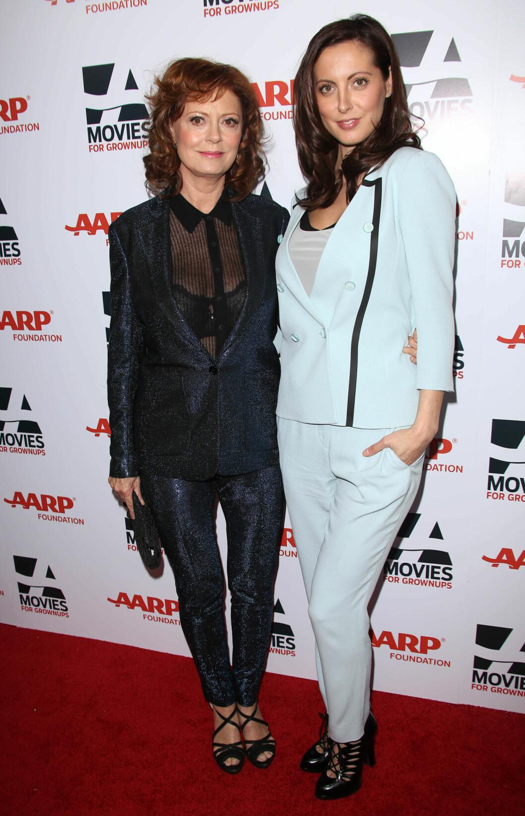 <strong>PRIKK LIKE:</strong> Susan Sarandon og datteren Eva Amurri på en prisutdeling i Los Angeles i fjor vinter. Foto: All Over Press