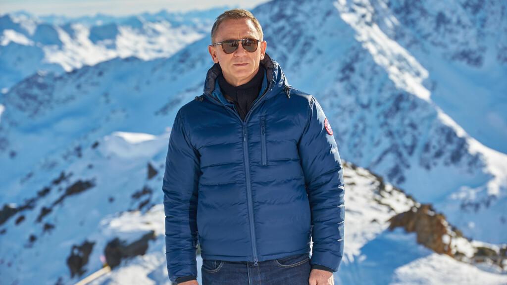 FULL STANS: Innspillingen av den kommende James Bond-filmen Spectre ble stoppet etter at Daniel Craig skadet seg på settet. Her er han under en fotocall under innspillingen. Foto: All Over Press
