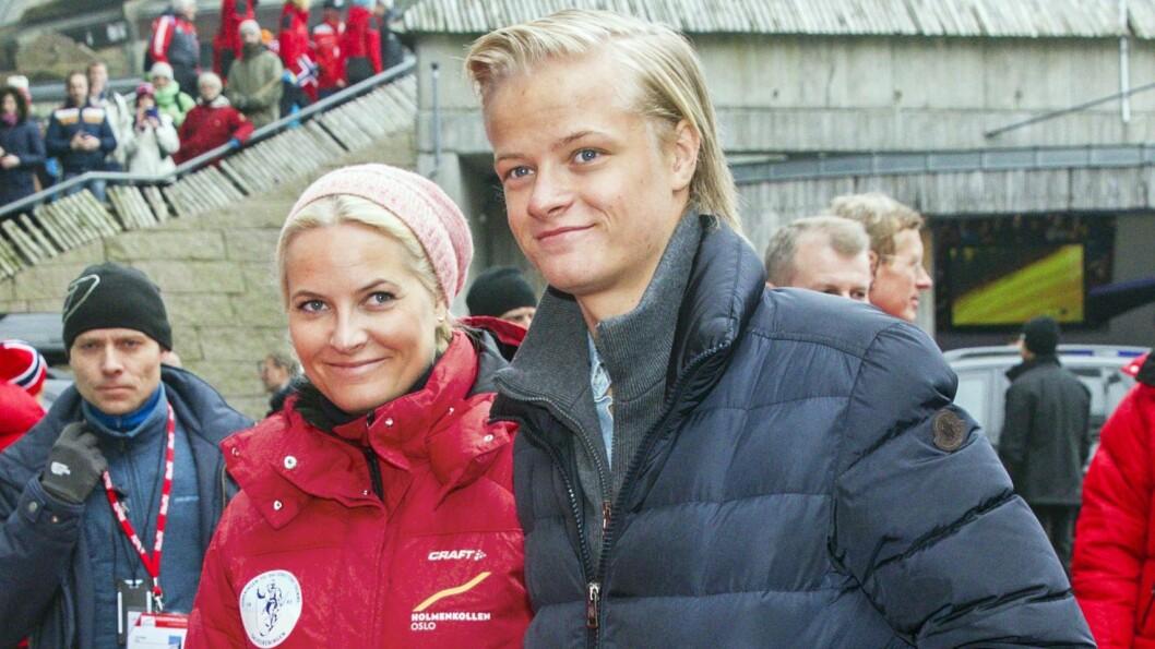 TOK LAPPEN: Mette-Marits sønn, Marius Borg, tok førerkortet på sin egen fødselsdag. Foto: Andreas Fadum, Se og Hør