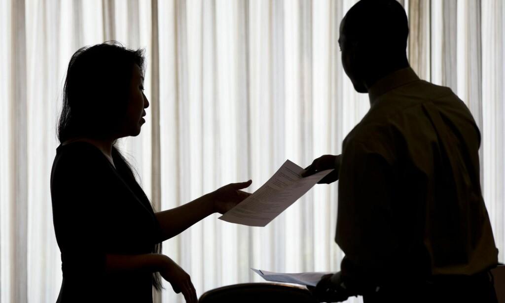 FORSKJELLIGE PROBLEMER: Unge jobbsøkere både overselger og underselger seg i søknadene sine. Begge deler er selvsentrerte feil å gjøre. Foto: AP Photo/Matt Rourke/Scanpix