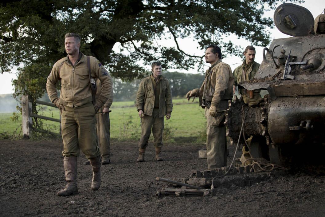 PÅ LERRETET: I krigsdramaet Fury spiller LaBeouf blant annet sammen med Brad Pitt. Foto: Stella Pictures