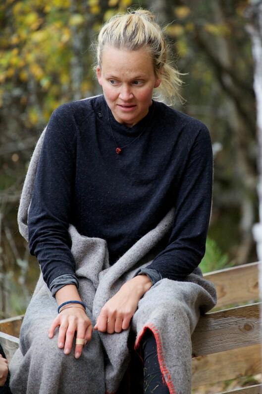 OVERLEVDE: Charlotte Thøgersen tok innersvingen på Finn Olav i tvekampen. Foto: TV 2