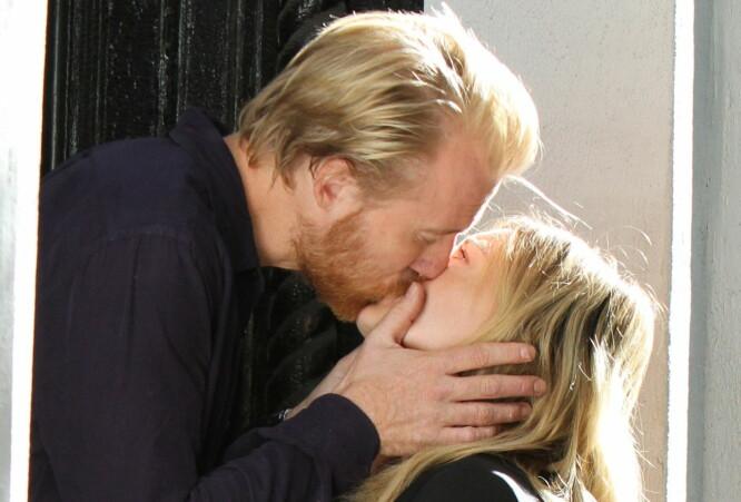 thorbjørn Harrs kyss vekker oppsikt i USA