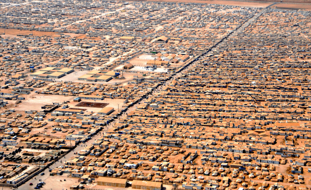 TØFFE FORHOLD: Flyktningeleiren Zaatari ligger 8 kilometer fra grensa til Syra, og huser 80.000 flyktninger. Foto: All Over Press