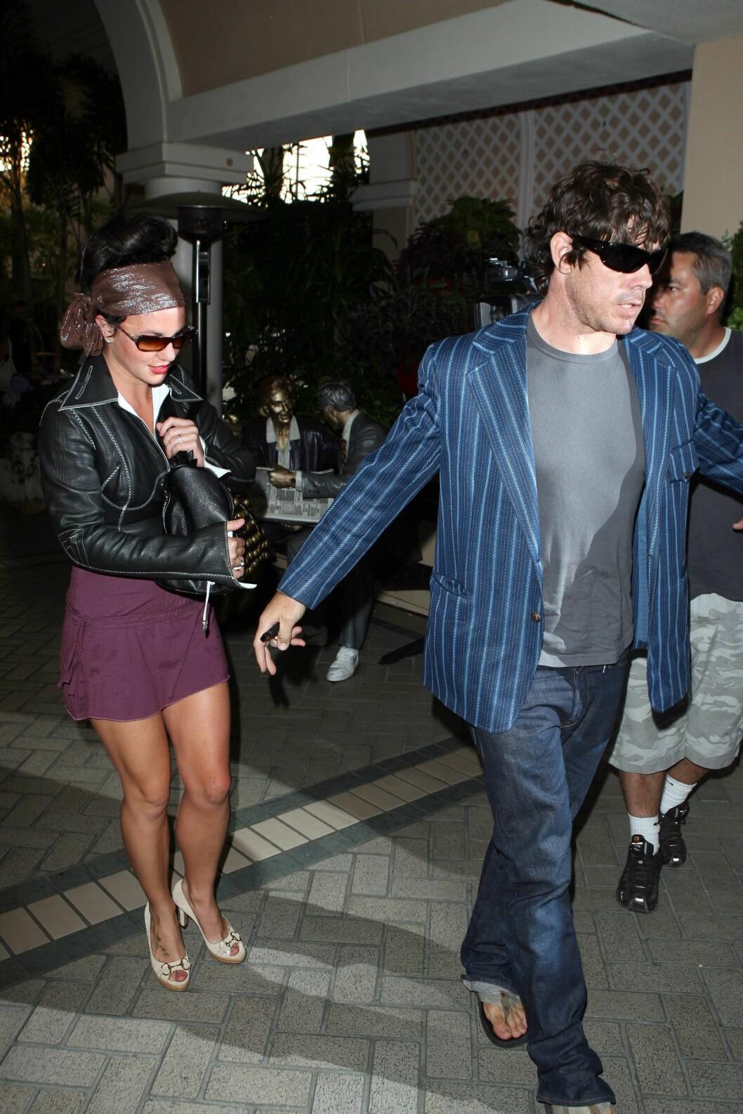 TIDLIGERE FLØRT: John Sundahl og Britney Spears datet hverandre i 2007. Nå forteller han at Britney ringte ham etter at hun brøt med Lucado. Foto: All Over Press