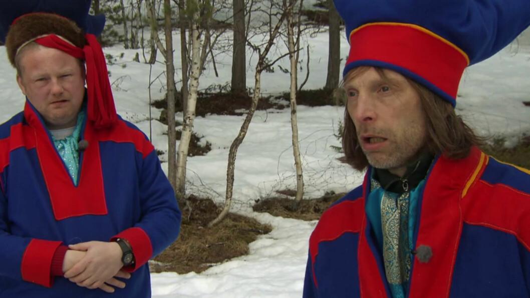 <strong>JOIKET MED SAMER:</strong> Da Morgan og Ola-Conny besøkte Finnmark med programmet «Morgan og Ola-Conny gjør Norge» ble duoen blant annet utfordret til å joike med samer.