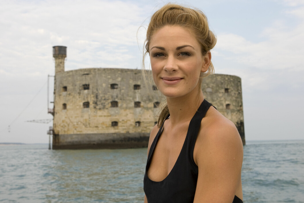 NESTEN 20 ÅR: Marchesseau jobbet på Fort Boyard fra 1994 til 2013. Her i Norge var Jenny Skavlan programleder de siste sesongene. Foto: TV3