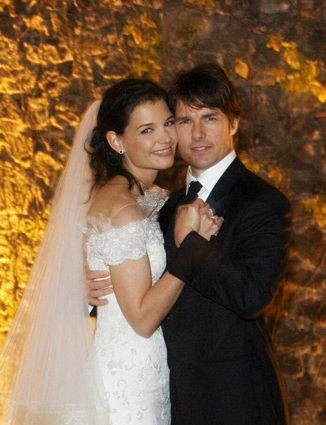SA JA I ITALIA: Katie Holmes og Tom Cruise. Foto: All Over