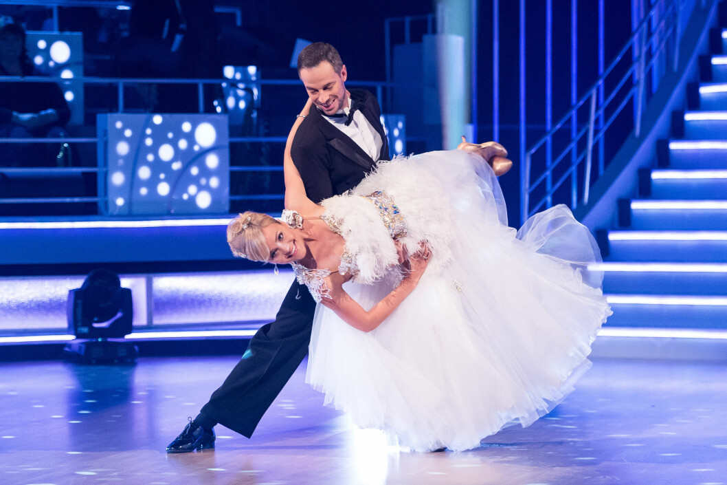 SVINGER SEG PÅ PARKETTEN: Caroline er en av høstens favoritter i årets Skal vi danse. Foto: Fame Flynet