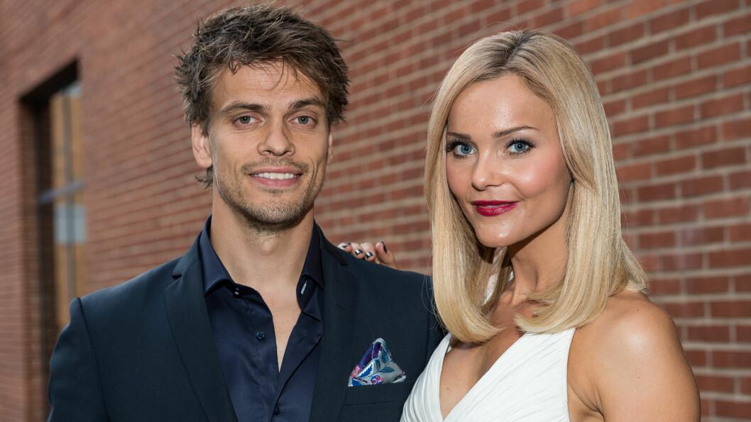 BYTTER NAVN PÅ BLOGGEN: Caroline Berg Eriksen har siden 2010 vært gift med Odd-spilleren Lars-Kristian Eriksen (31), og derfor døpte hun bloggen for «Fotballfrue» da hun startet opp som blogger. Nå blir det forandringer. Foto: Fame Flynet