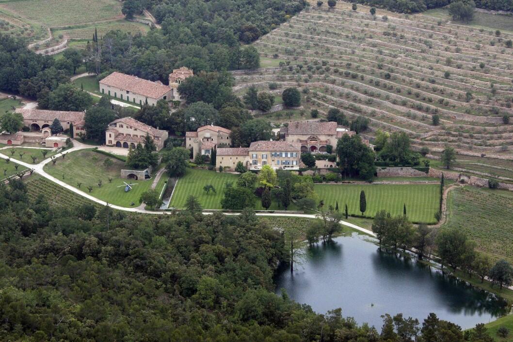 GIFTET SEG I FRANKRIKE: Vielsen skal ha foregått på Brad og Angelinas private eiendom, Chateau Miraval i Frankrike. Foto: Stella Pictures