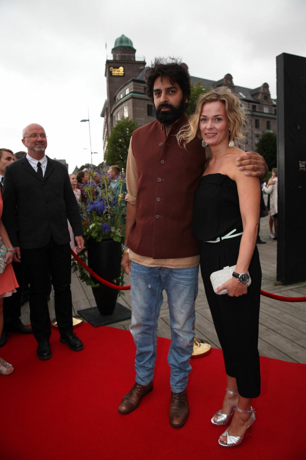 TV 2s HØSTLANSERING: Komiker Zahid Ali og skuespiller Line Verndal koste seg. Foto: Stella Pictures