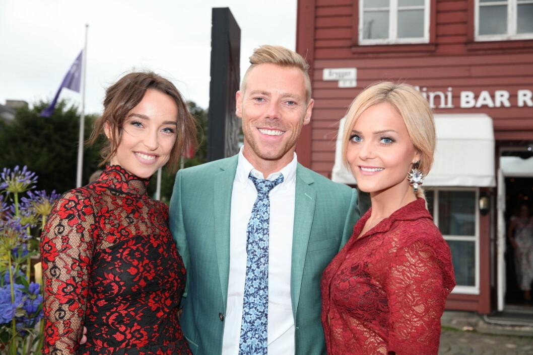 TV 2s HØSTLANSERING: Espen Hilton og fotballfrue Caroline Eriksen er dommere i det nye TV-programmet «Det Nye-jenta». Foto: Stella Pictures