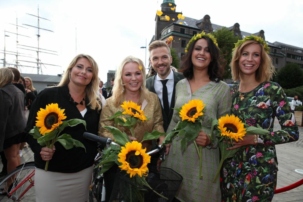 TV 2s HØSTLANSERING: TV 2s værdamer blomstret bokstavligtalt. Foto: Stella Pictures