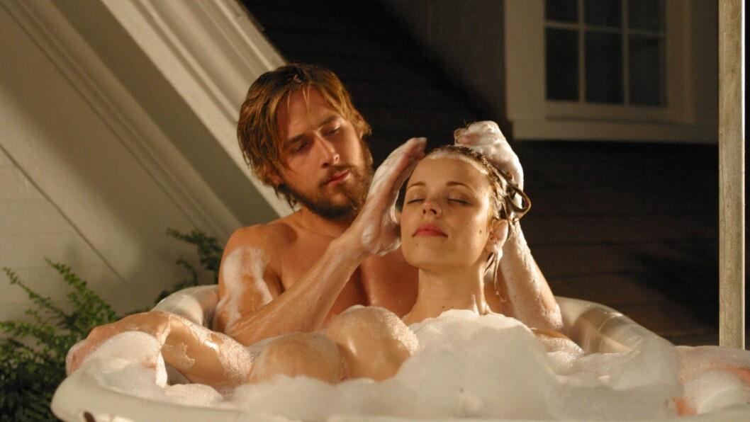 """VANSKELIG KJÆRLIGHET: Både Ryan Gosling og Rachel McAdams fikk sitt store gjennombrudd da de spilte det unge kjæresteparet Noah Calhoun og Allie Hamilton i """"The Notebook""""."""