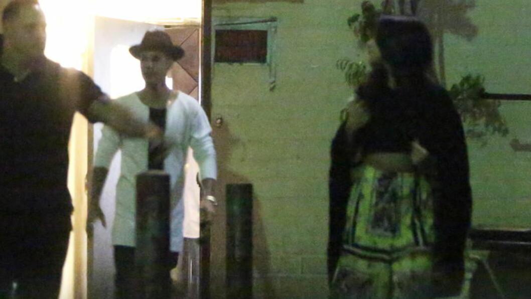 PÅ DATE: Superparet Selena og Justin spiste middag og var på kino, mandag kveld.  Foto: All Over Press