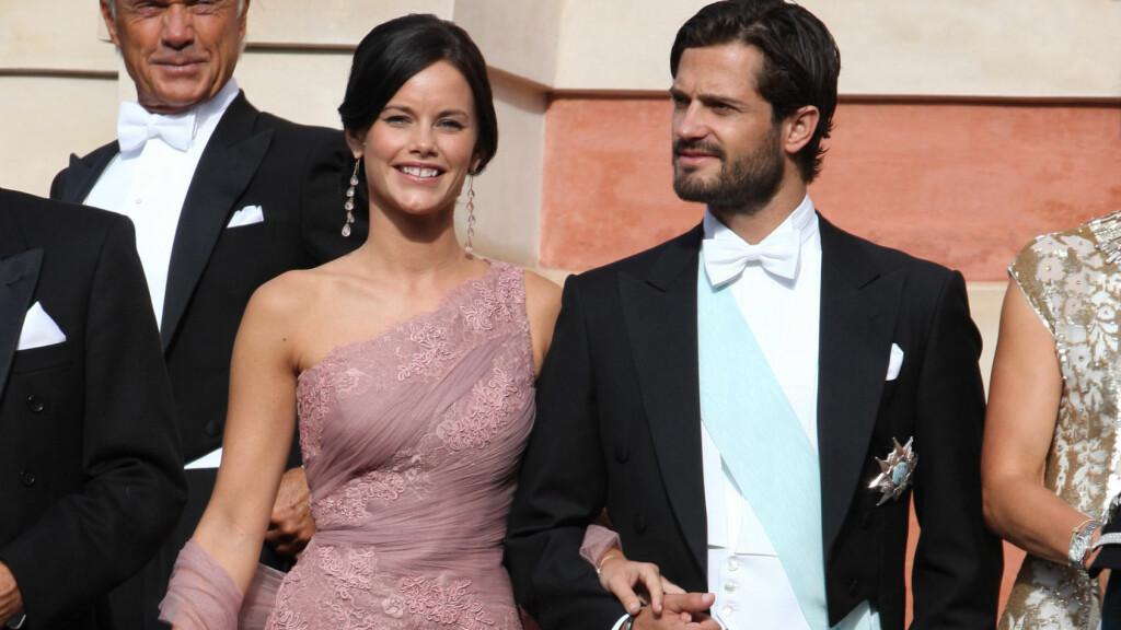 GIFTER SEG: Prins Carl Philip og Sofia Hellqvist skal gifte seg. Foto: FameFlynet Sweden