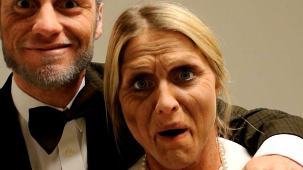 BLE GAMLE: Martin Johnsrud Sundby og Therese Johaug lot seg sminke, og var ganske ugjenkjennelige etter den lille «makeoveren». Foto: Blueprint media