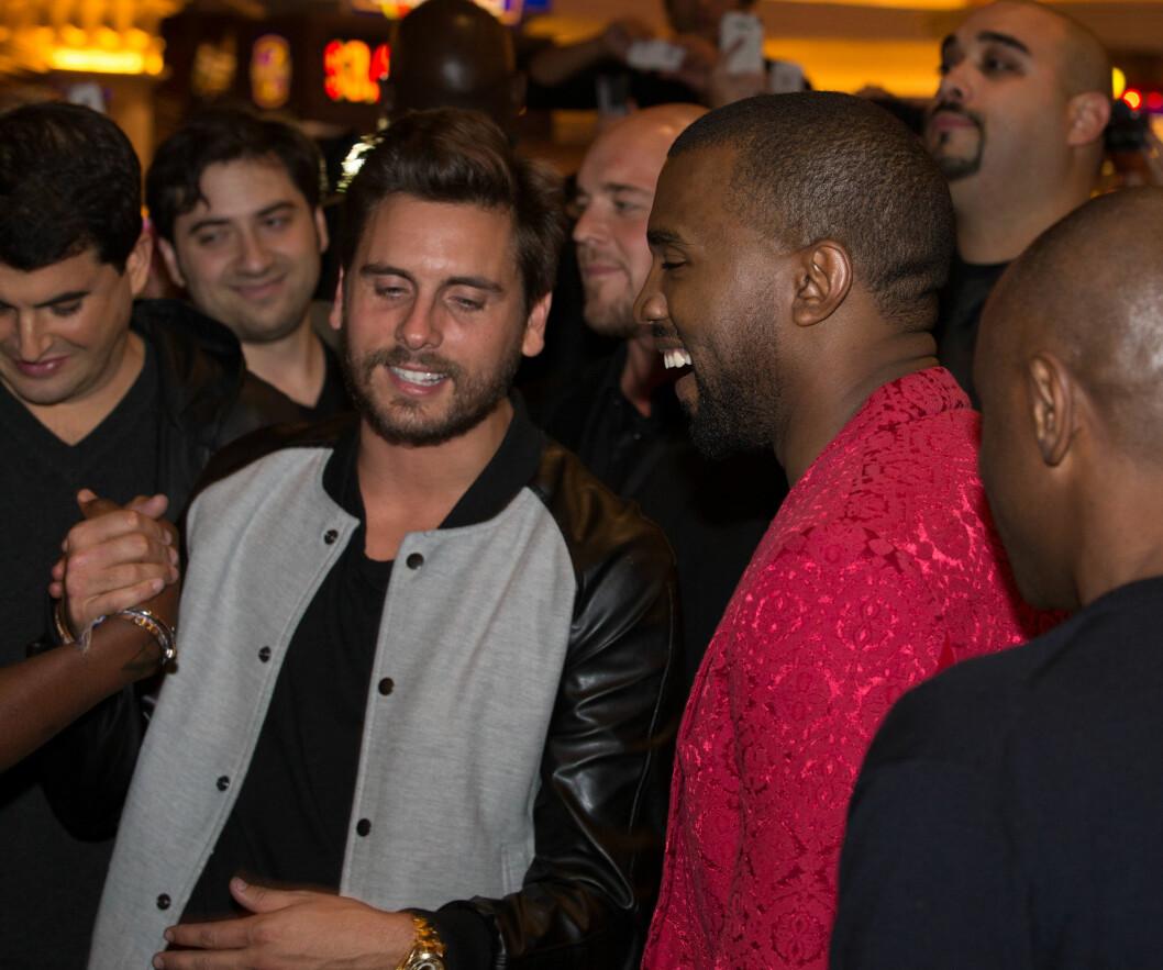 PARTYLØVE: Det er ingen hemmelighet at Scott liker å ta seg en fest og hans alkoholvaner har flere ganger skapt splid mellom paret. Her sammen med svogeren Kanye West.  Foto: REX/MediaPunch/All Over Press