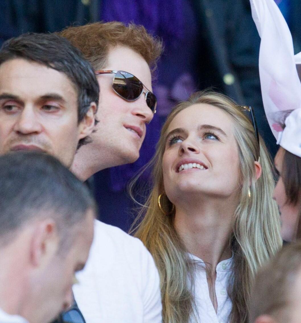 FRA FORELSKELSE TIL BRUDD: I mars virket prins Harry og Cressida forelsket og harmoniske, og forlovelsesryktene begynte å svirre. Men på tirsdag kom sjokknyheten om at paret nå har gått hvert til sitt.  Foto: REX/Dan Wooller/All Over Press