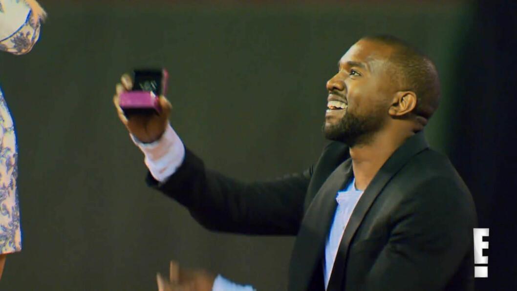 FÅR IKKE NOK AV KIM: På Kardashians bursdag 21. oktober i fjor gikk Kanye West ned på kne og sikret seg et ja fra drømmedama Kim Kardashian. Paret gifter seg i Paris 24. mai.  Foto: Stella Pictures