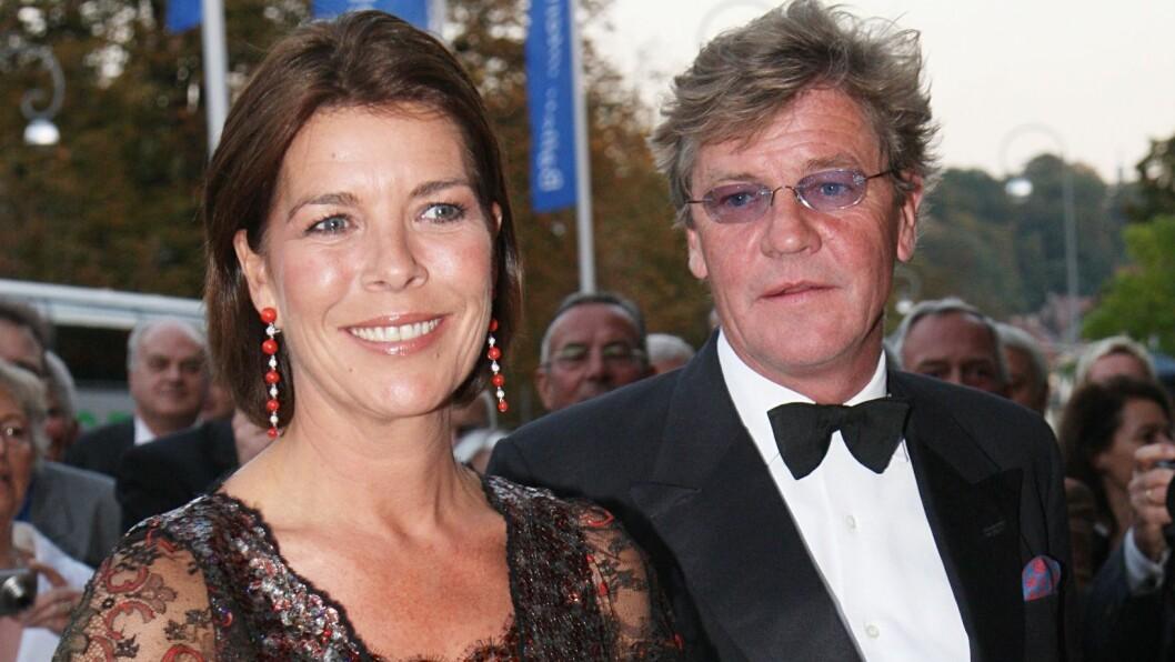 GIFT PÅ PAPIRET: Prins Ernst August og prinsesse Caroline har ikke blitt fotografert sammen siden sommeren 2009. Foto: All Over Press
