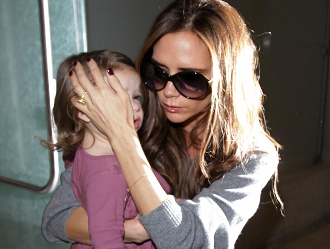 Beckham-familien skal aldri ha vært i reell fare, men opplevelsen var nok likevel skummel for lille Harper (2). Foto: All Over Press