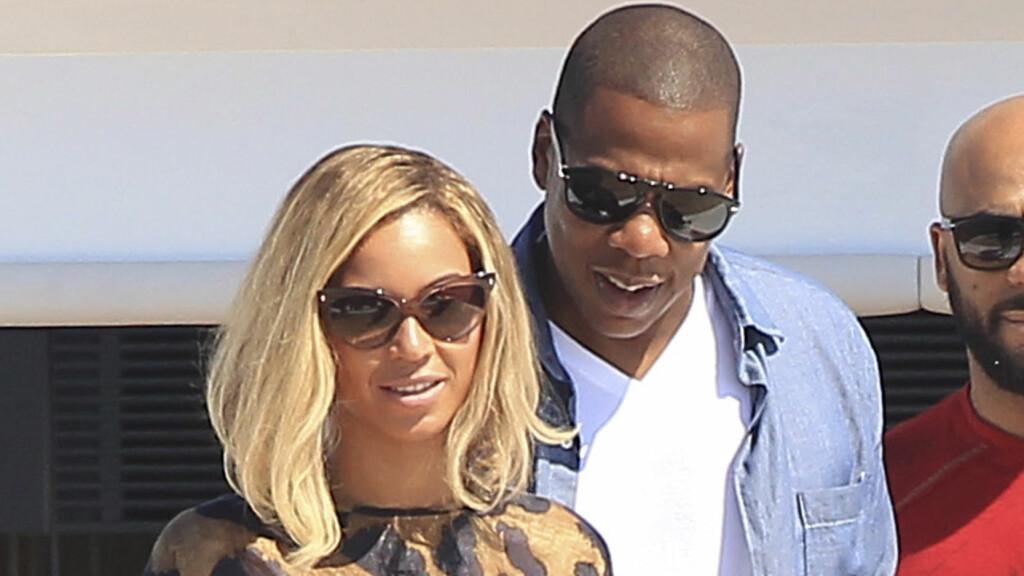 HETT SEXLIV: Beyoncé og ektemannen punget ut 39 000 kroner på sexleketøy andre juledag. Foto: FameFlynet