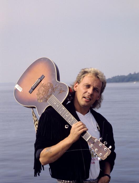 FOLKEKJÆR: Trøgstad-mannen Rune Rudberg slo igjennom på 80-tallet med låten «Ut mot havet».  Foto: NTB scanpix