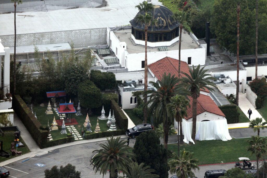 SISTE HVILESTED: L'Wren ble stedt til hvile i Hollywood Forever Cemetery på tirsdag.  Foto: FameFlynet