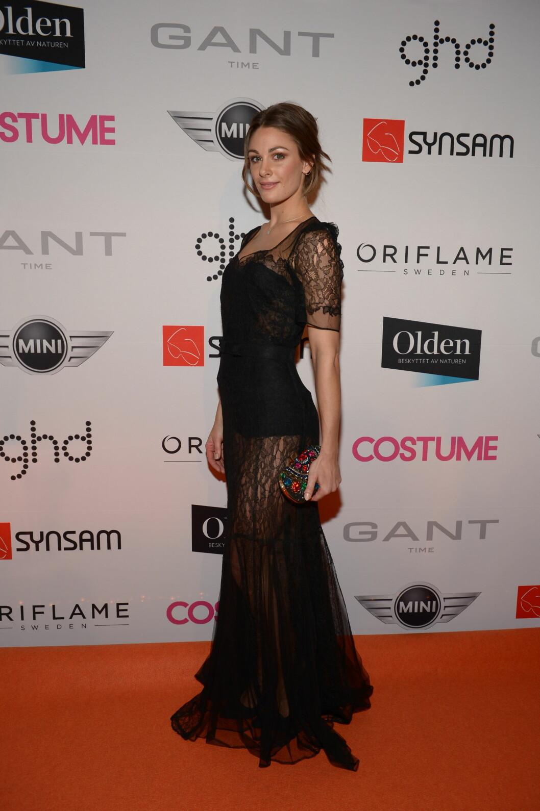 SYDDE OM: Jenny Skavlan hadde arvet en gammel Hollywood-kjole som hun hadde gjort dristigere for anledningen.  Foto: FameFlynet Norway