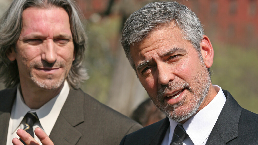 TRUET PÅ LIVET: Under innspillingen av en dokumentarfilm i Sudan i 2007 opplevde George Clooney å bli truet med en rifle. Foto: (c) Martin H. Simon/Corbis/All Over Press