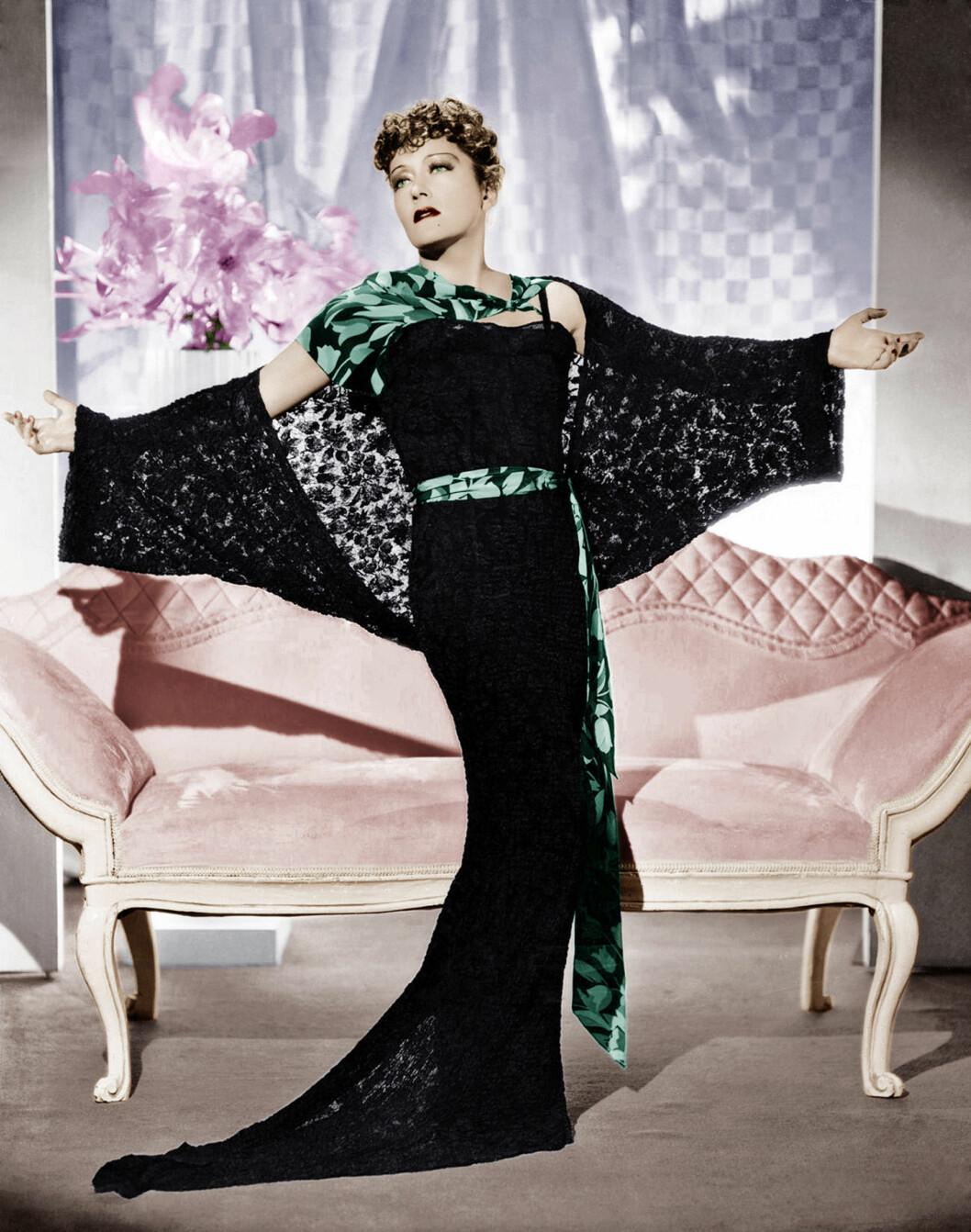 LEGENDE: Gloria Swanson var en av Hollywoods største skuespillere og hadde stor suksess blant annet i klassikeren «Sunset Boulevard» fra 1950.  Foto: Copyright ?? Everett Collection / Everett Collection/All Over Press