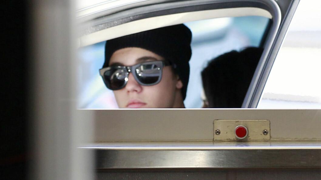 ARRESTERT: Justin Bieber skal ifølge nettsiden TMZ ha blitt arrestert på grunn av dragracing og mistanke om fyllekjøring. Her er han fotografer ved en tidligere anledning. Foto: Stella Pictures