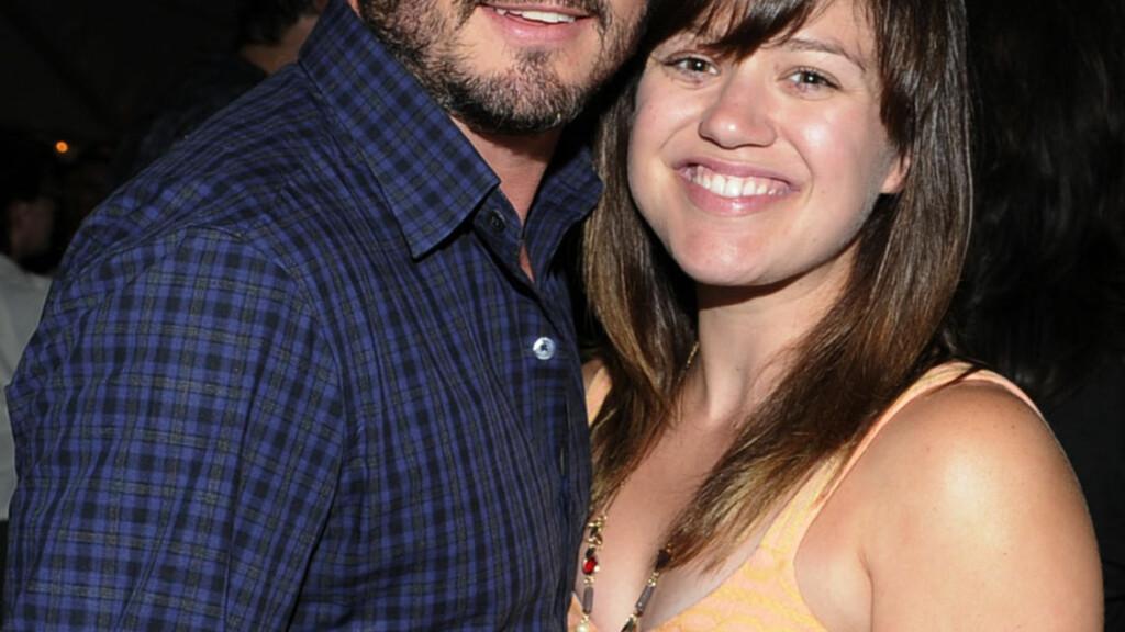 MANN OG KONE: Brandon Blackstock og Kelly Clarkson giftet seg denne helgen. Foto: All Over Press