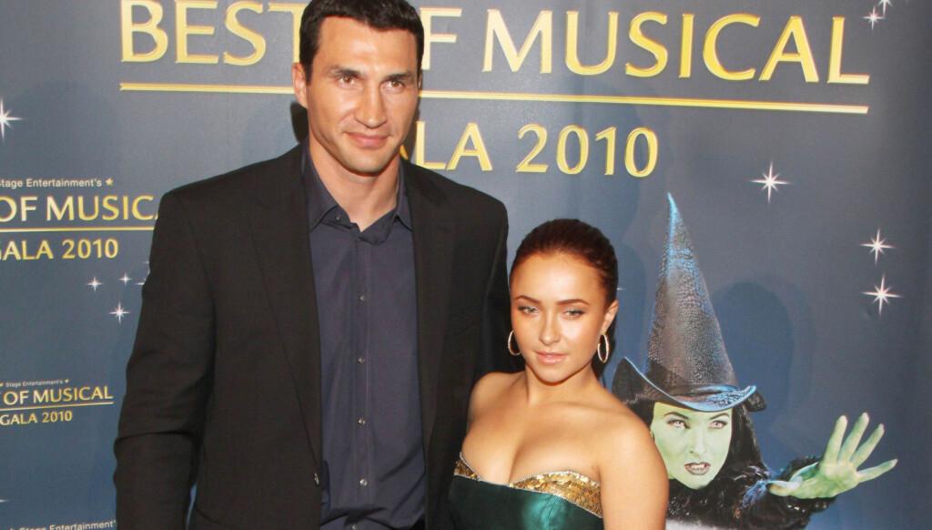 EN HALV METERS FORSKJELL: Høydeforskjellen mellom Hayden Panettiere og Wladimir Klitschko er nesten en halv meter, og mange mente paret var et komisk syn. Nå er det imidlertid slutt. Foto: All Over Press