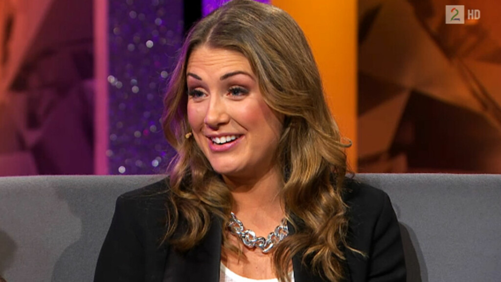 GRAVID: I tirsdagens «Else» på TV 2 avslører Tone Damli Aaberge at hun allerede har begynt å merke graviditeten på kroppen - i form av ekstra vekt. Sangstjernen, som også er i strålende humør, bekrefter at hun «har det veldig fint» som gravid.  Foto: Skjermdump, TV 2