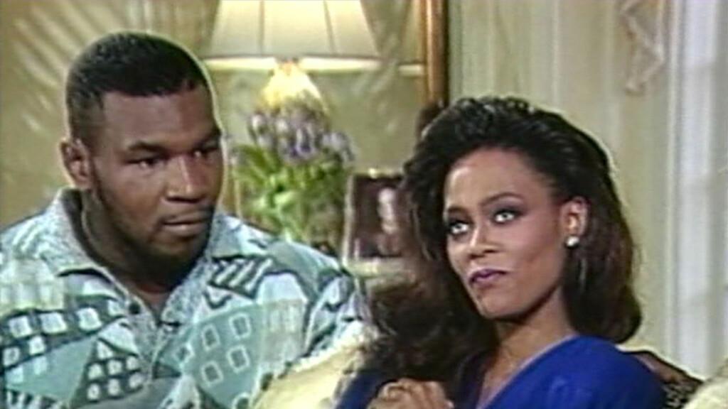 UBLIDT MØTE: Fra 1988 til 1989 var Mike Tyson gift med Robin Givens. Før skilsmissen var gjennomført delte Givens en het natt med Brad Pitt.