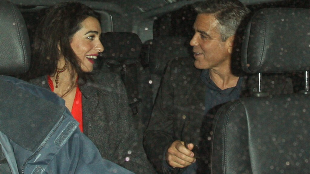 PÅ DATE: Amal Alamuddin og George Clooney møttes til en romantisk middag på restauranten Berners Tavern i London denne uken.  Foto: REX/All Over Press
