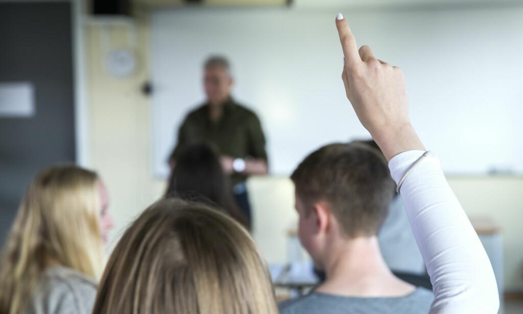 FOR STORE KLASSER: Et høyt antall lærere oppgir at klassene de underviser i er så store at det ikke er pedagogisk forsvarlig. Foto: Berit Roald / NTB Scanpix