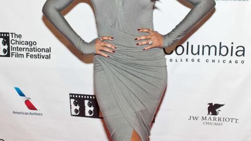 SVETT: Lyegrått kan være en farlig farge hvis man lett blir svett under armene - noe Jennifer Hudson fikk erfare på filmfestival fredag. Foto: Getty Images/Getty Images/All Over Press