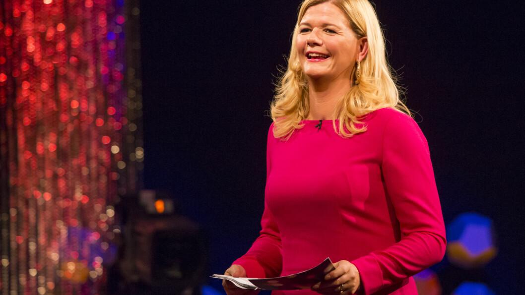 KAN VINNE PRIS: Anne Lindmo intervjuer norske kjendiser i sitt talkshow «Lindmo». Nå er hun nominert til prisen «Årets TV-navn» i Se og Hør.  Foto: Tor Lindseth/Se og Hør